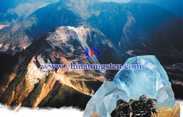 钨矿山图片