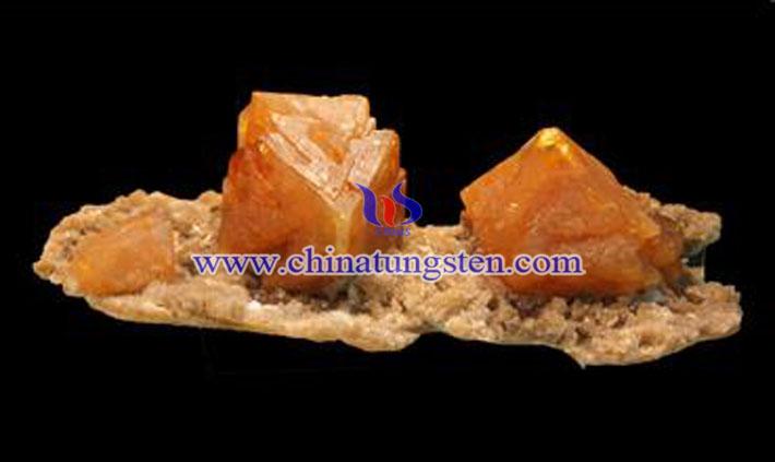 白钨精矿图片