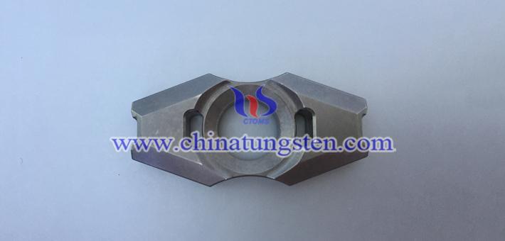 tungsten alloy bifoliate fidget spinner picture