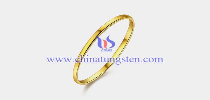 钨合金镀金细线条戒指图片