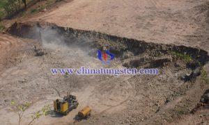 津巴布韦RHA钨矿露天开采图片