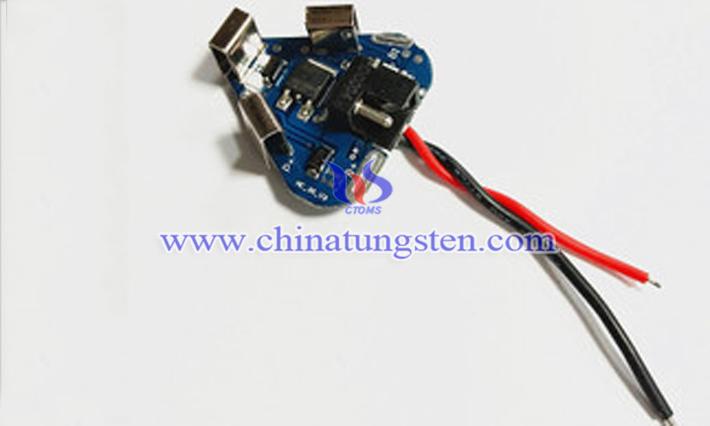 电钻锂电池图片